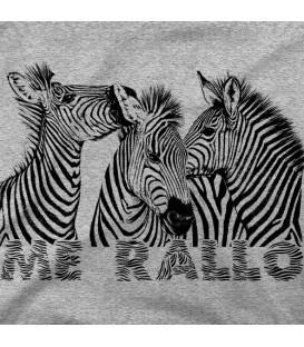camisetas modelo ZEBRAS ME RALLO clara